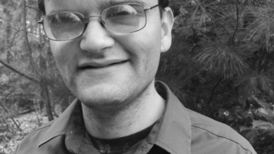Aaron Richmond headshot in black and white