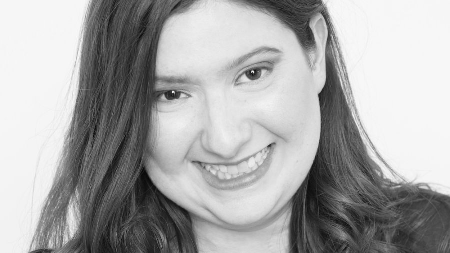 Rebecca Gross headshot