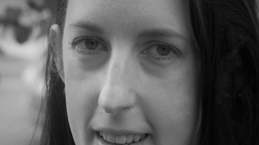 Laura Alsum smiling headshot