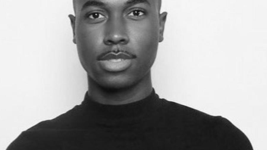 Alexander Woods headshot