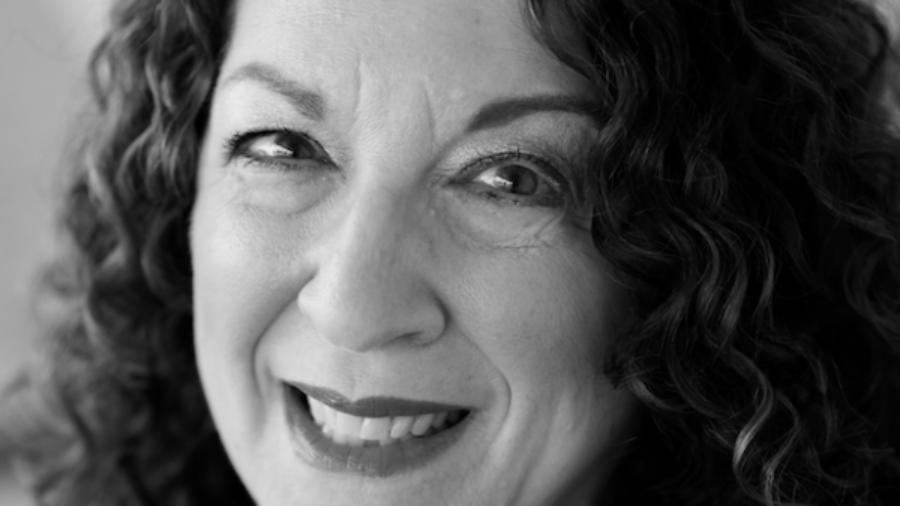 Shelly Christensen smiling headshot