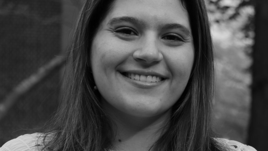 Nicole Olarsch smiling headshot